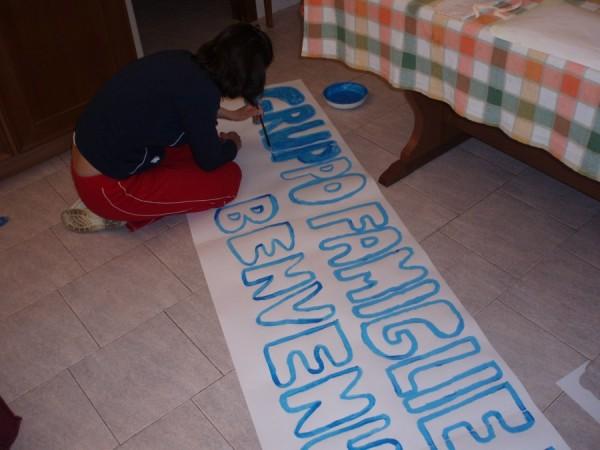 Preparazione striscione di Benvenuto